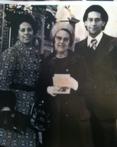 Aunt Gloria, Her Mom and Her Son in front of Buckingham Palace